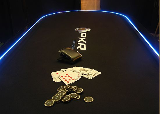 pokerdiningtable2