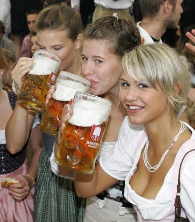 german-beer-girls