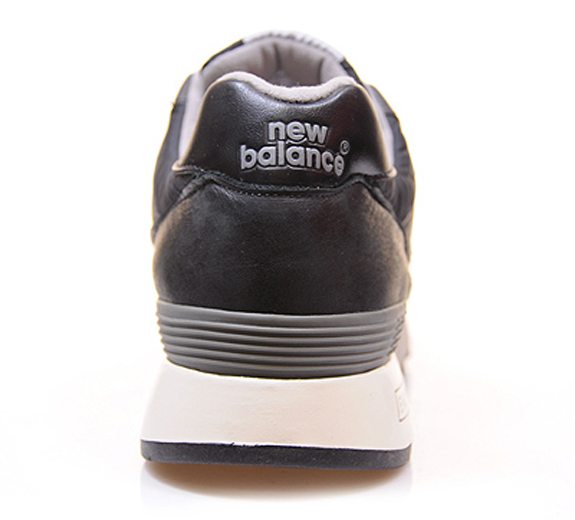 new_balance_M557-black1