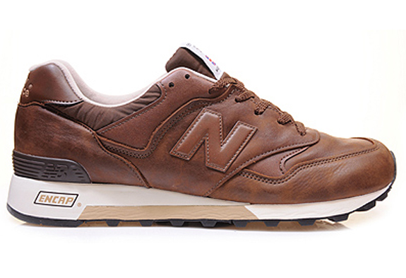 new_balance_M557-brown