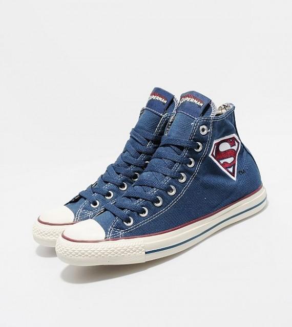 superman-chuck-taylor-1