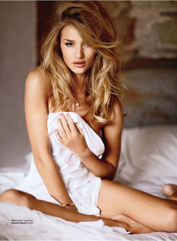 Rosie-Huntington-Maxim-12