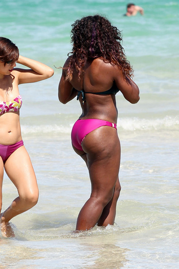 Serena-Williams-Bikini-Butt