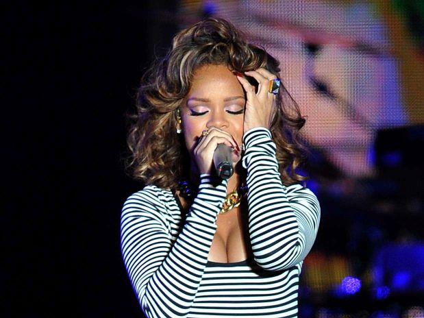 Rihanna-loud-tour-sao-paulo-brazil