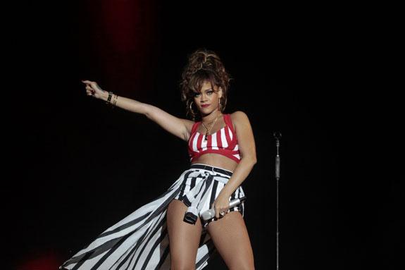 Rihanna-rock-in-rio_12