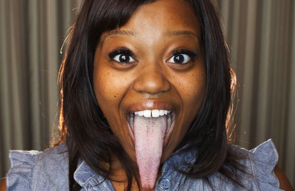 guinness-world-record-chanel-tapper-long-tongue