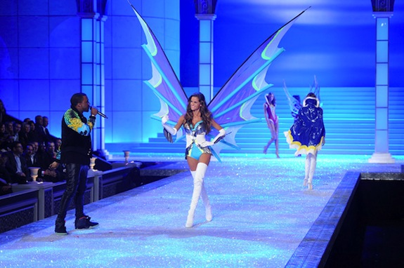 Kanye West Model Izabel Goulart Kanye West Victoria's Secret Fashion Show 2011
