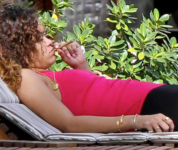 Rihanna Smoking Weed Pot