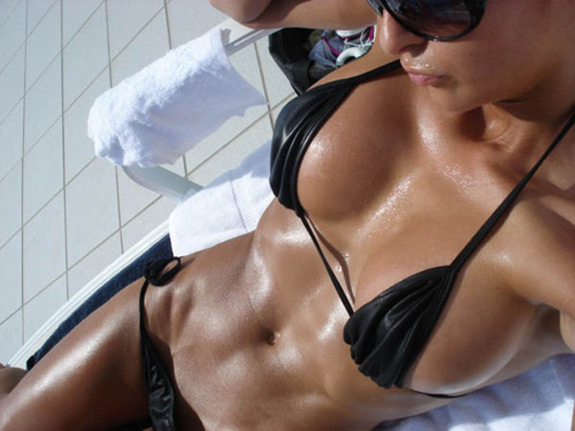 Daily ABspiration Hot Chicks With Hot Abs Black Bikini