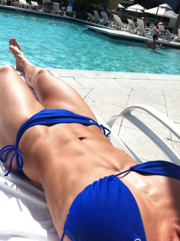 Daily ABspiration Hot Chicks With Hot Abs Blue Bikini