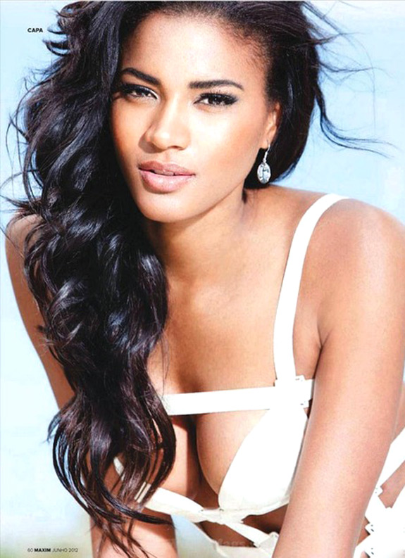 Miss Universe Leila Lopes Maxim Portugal June 2012 (3)