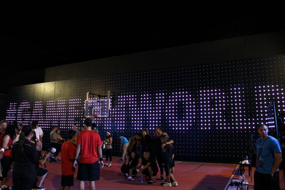 Nike+ Fuel Lunar Game On World 2