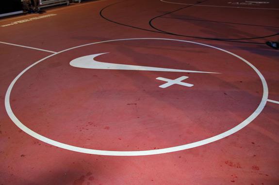 Nike+ Fuel Lunar Game On World