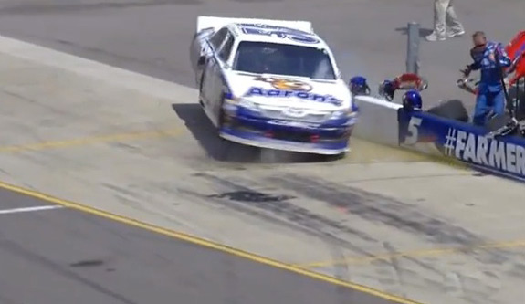 NASCAR Mark Martin Crashes Pit Row Pure Michigan 400