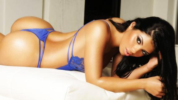 Sexy Photo SueLyn Medeiros