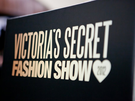 Victoria's Secrets Fashion Show 2012 (1)