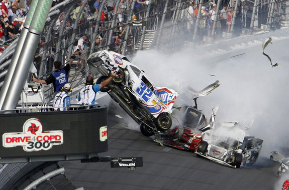 NASCAR Crash Daytona Nationwide Injured Fans Race