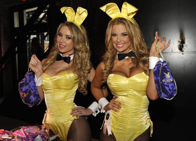 Playmates Tiffany Toth Jessa Hinton Playboy Party Crown Royal