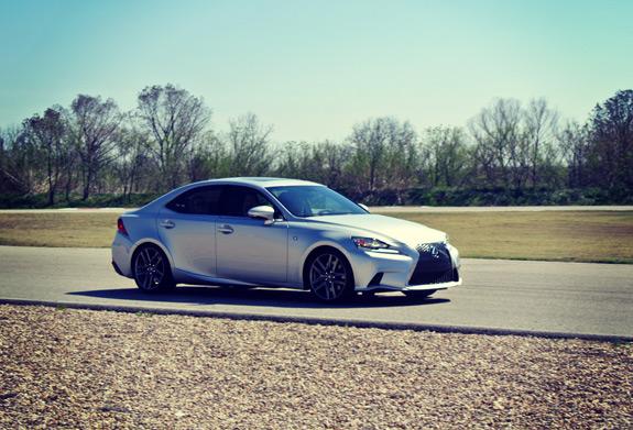 2014 Lexus IS Photos (4)