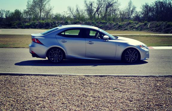 2014 Lexus IS Photos