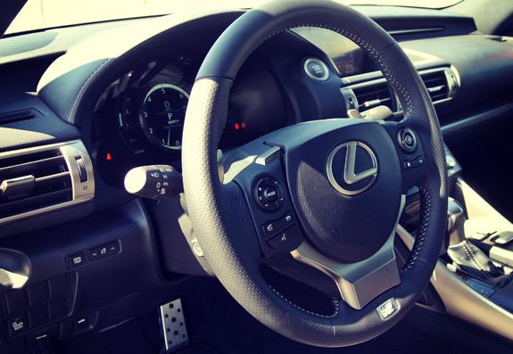2014 Lexus IS Photos (12)
