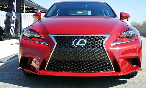 2014 Lexus IS Photos (2)
