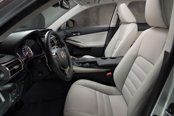 2014 Lexus IS Photos (18)