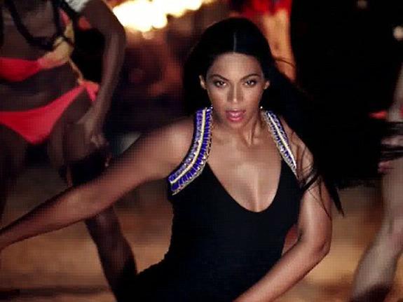 Beyonce Mrs Carter H M