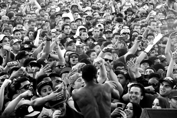 Paid Dues Crowd