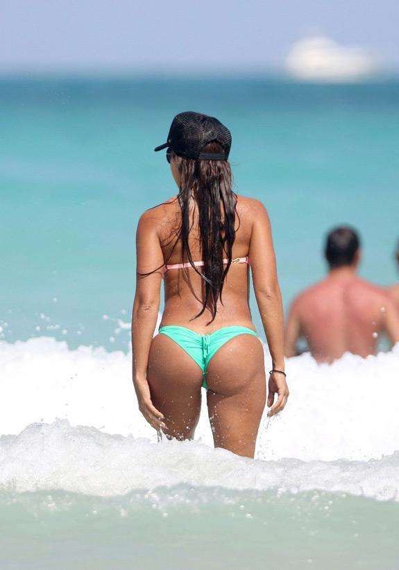 Vida Guerra Bikini Beach (4)