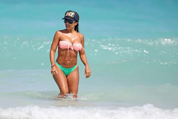 Vida Guerra Bikini Beach (9)