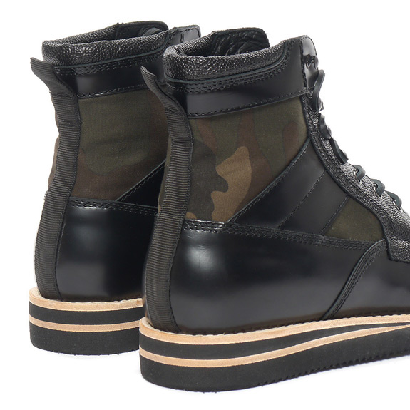 BePostitive Army Boot Black 1