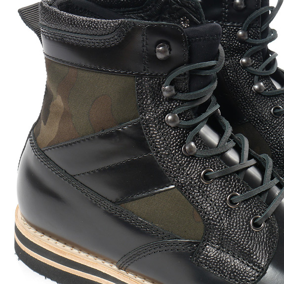 BePostitive Army Boot Black 2