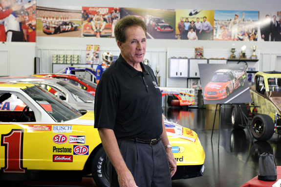 Darrell Waltrip Racing Shop NASCAR