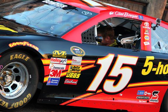 NASCAR Champions Week Vegas Clint Bowyer 15 Car