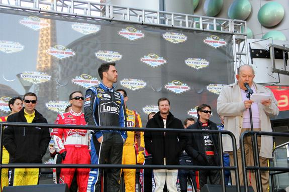 NASCAR Vegas Champions Week Jimmie Johnson Robin Leach 3