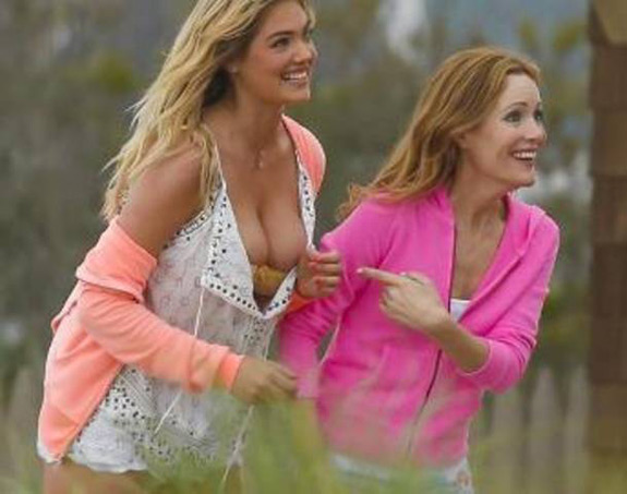 Kate upton mankind unplugged in the newest chick flick kate upton is the other woman voltagebd Choice Image