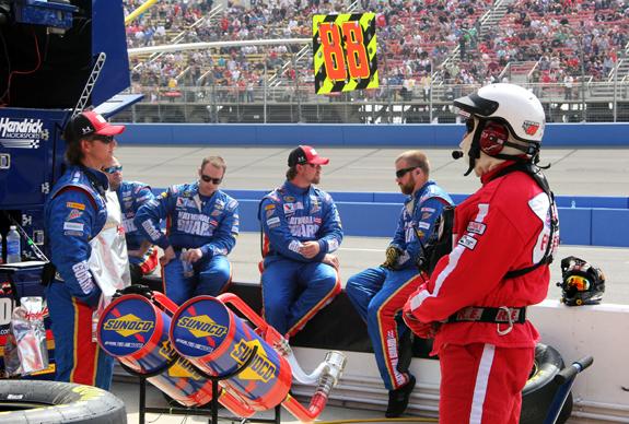NASCAR Auto Club 400 Fontana 12