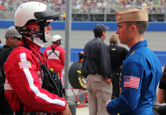 NASCAR Auto Club 400 Fontana 54