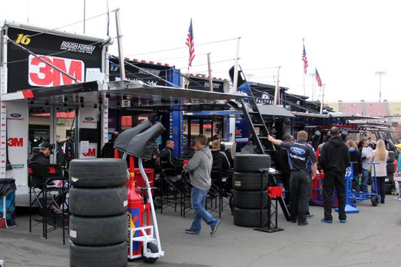 NASCAR Auto Club 400 Fontana 7