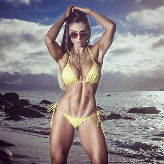 Carol Saraiva Fitness Model Photos