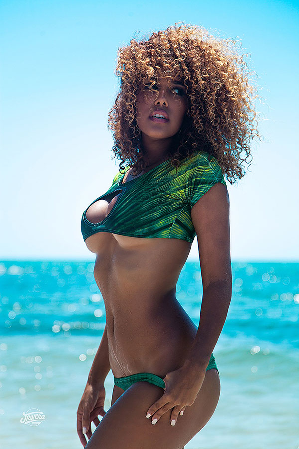 Aisha Thalia Model Photo 1