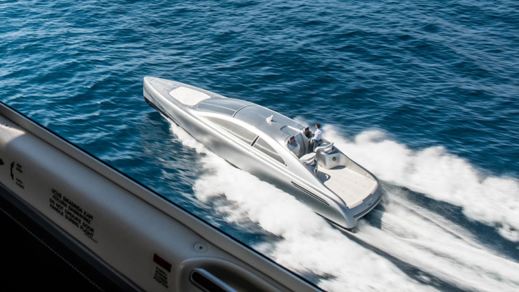 Mercedes Benz Arrow460 Granturismo Luxury Yacht