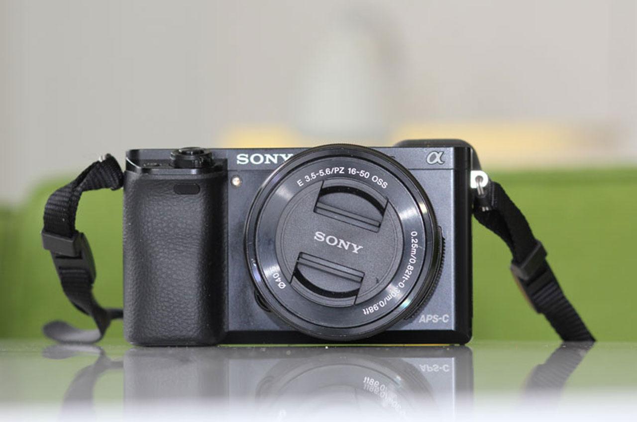 Sony Cameera A6000