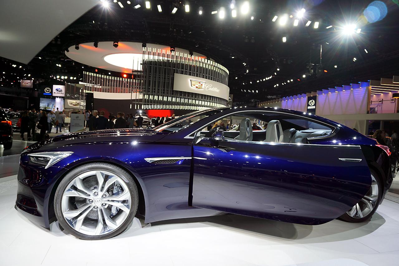 La Auto Show 34