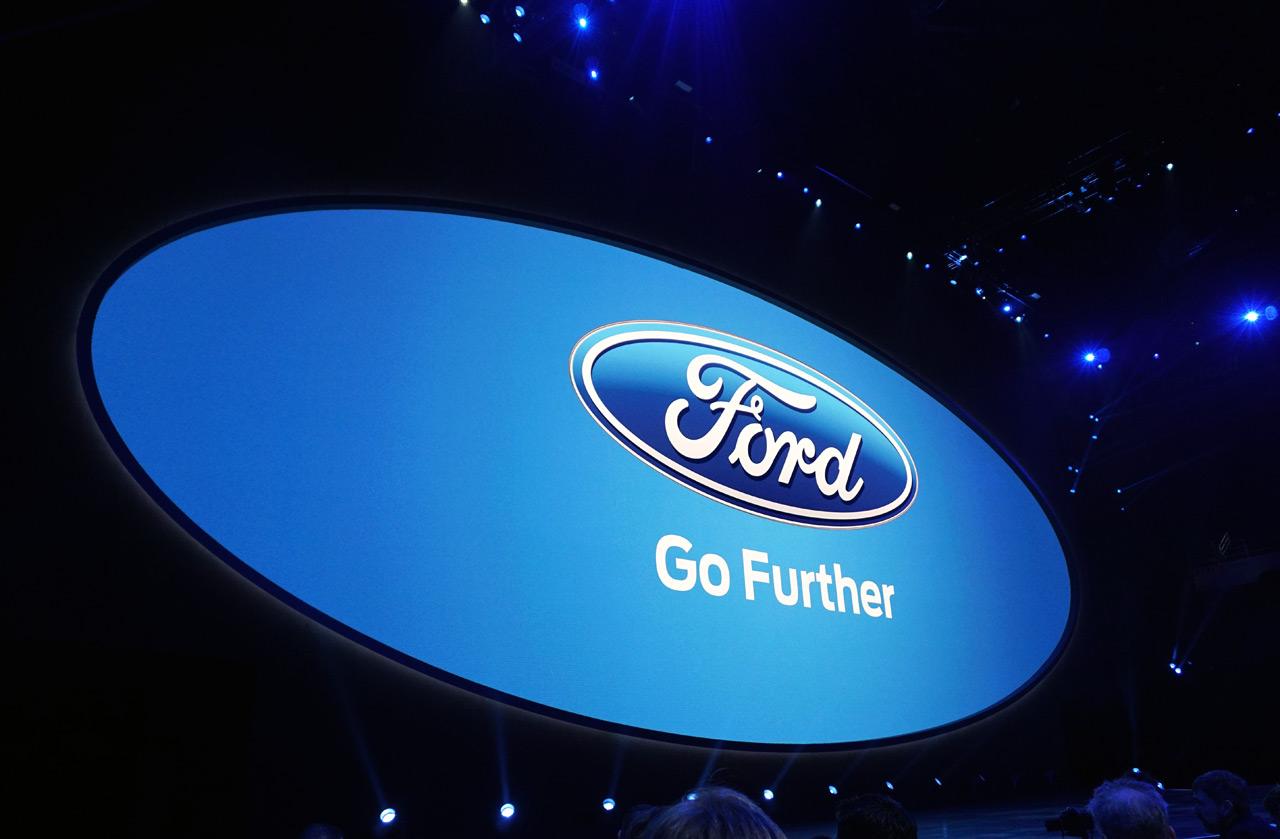Ford Auto Show Virtual Reality Automobility 3