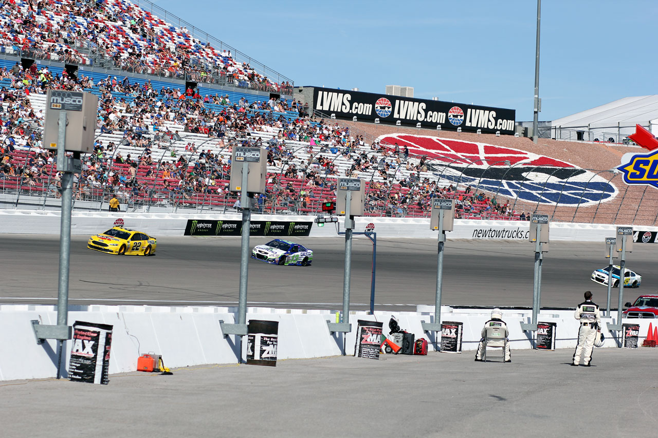 Nascar Las Vegas Race 19