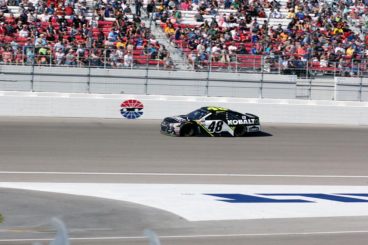 Nascar Las Vegas Race No 48 Car