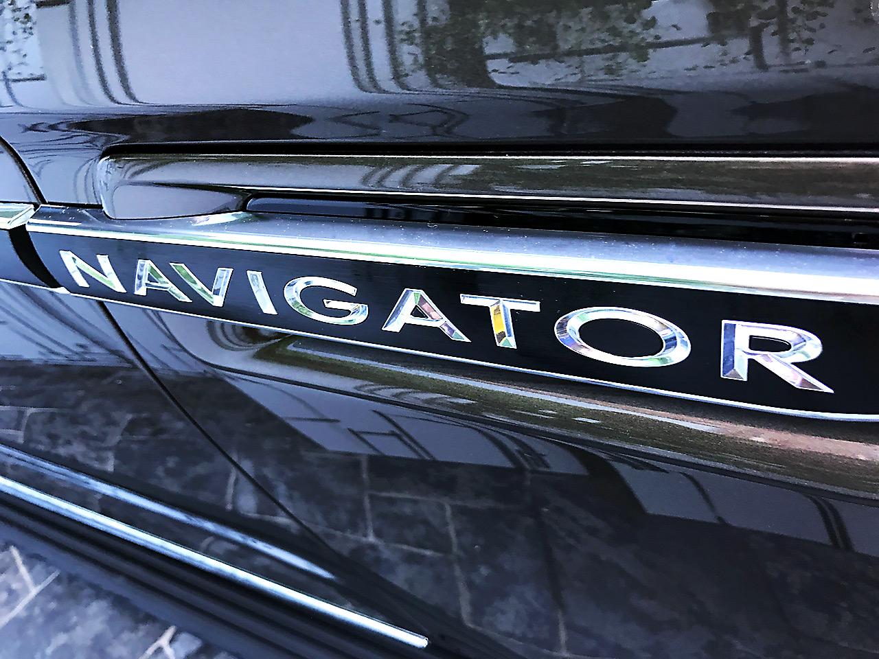 Lincoln Navigator 2