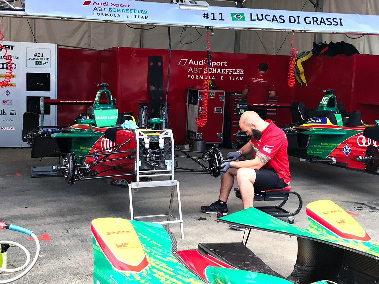 Formula E Grand Prix Montreal Garage 3